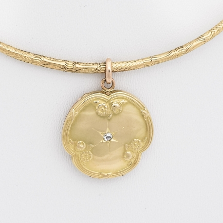 French victorian flower locket