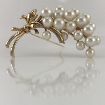 Mikimoto Grape Bundle Brooch